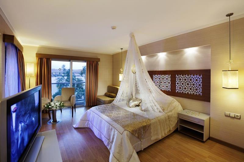 ROYAL ASARLIK BEACH & SPA HOTEL