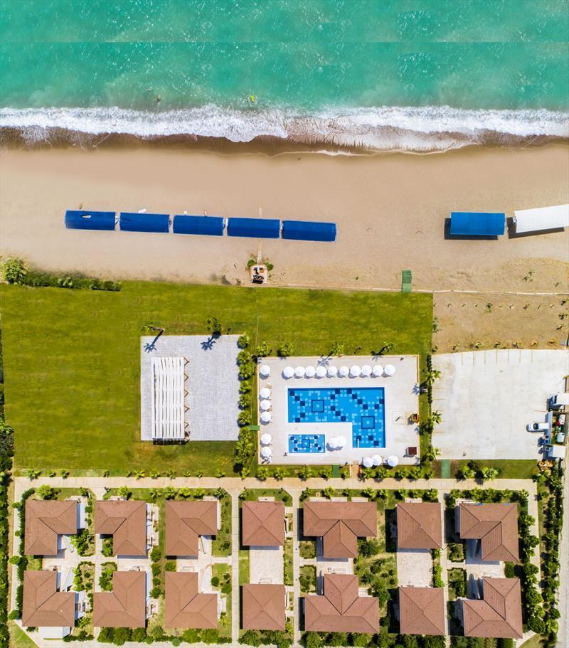 CRYSTAL BOUTIQUE BEACH RESORT +16 Genel