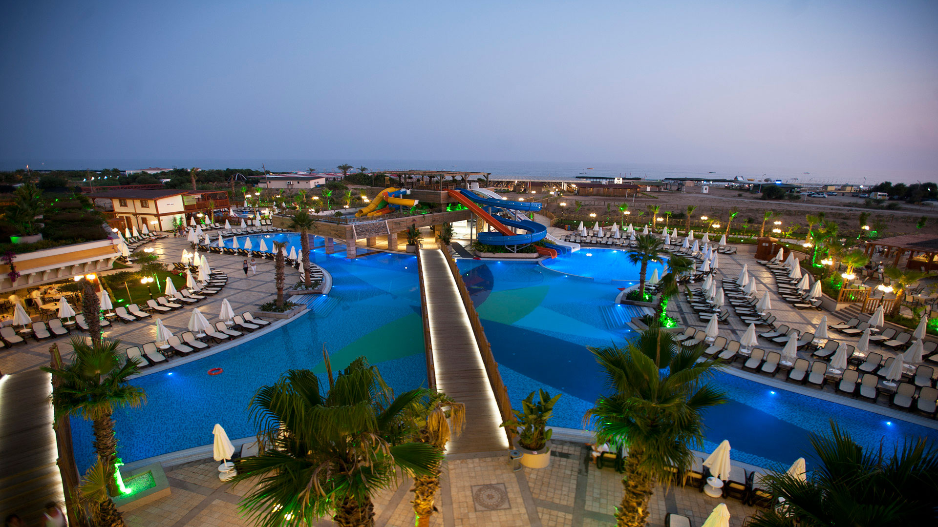 CRYSTAL PALACE LUXURY RESORT & SPA HOTEL