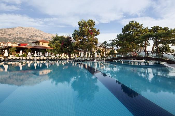 CRYSTAL AURA BEACH RESORT & SPA HOTEL