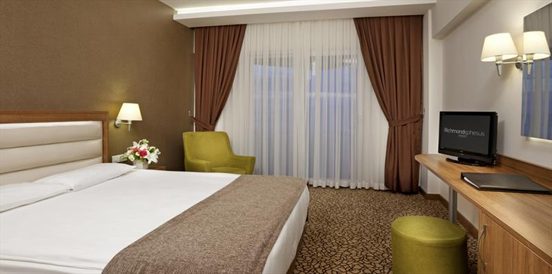 RİCHMOND EPHESUS RESORT