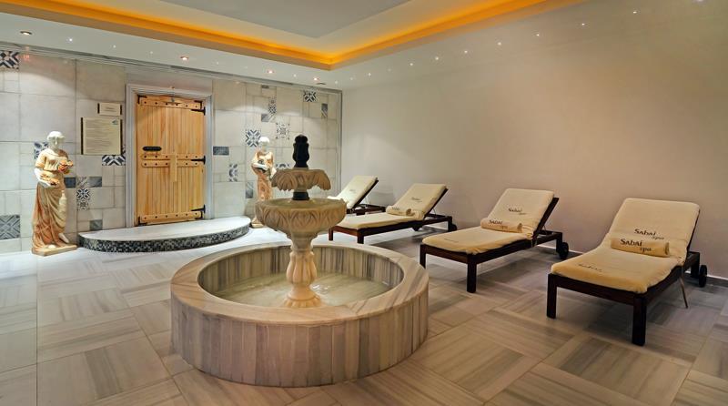PALM WİNGS KUŞADASI BEACH RESORT & SPA HOTEL