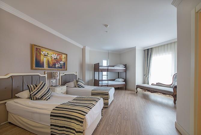 CRYSTAL TAT BEACH GOLF RESORT & SPA HOTEL