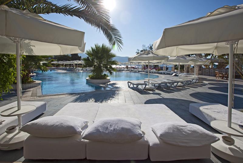 SALMAKİS BEACH RESORT & SPA HOTEL
